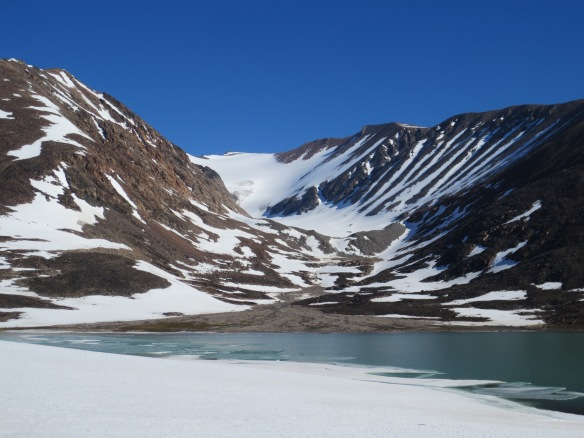 The small isolated valley glacier, with an alluvial fan we sampled