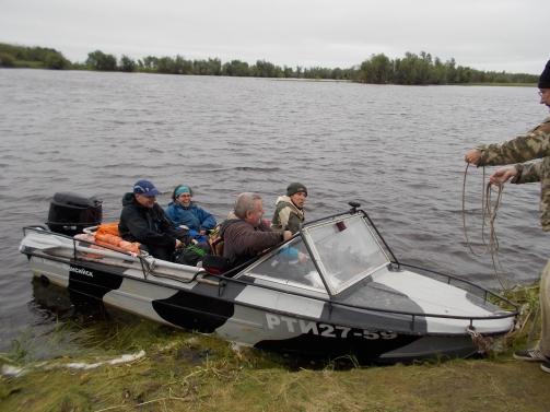 Speedboat to Mukhrino